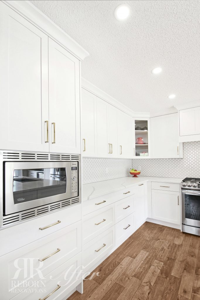 photos of custom cabinets, modern appliances kitchen in Evansbrook Point NW, Calgary AB CA